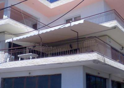Τεντα σε γωνιακό Μπαλκόνι